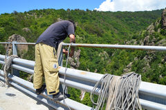 Подготавливающ сейф 230 футов скачки bungee Стоковое Фото