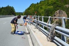 Подготавливающ сейф 230 футов скачки bungee Стоковые Фотографии RF