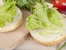 Подготовка сандвича Стоковые Фото