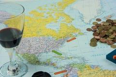 Подготовки перемещения: Карта с различными деталями и marke положения Стоковые Фотографии RF