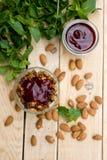 Полезный и здоровый мусс мяты granola стоковое изображение