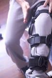 Поддержка расчалки ноги ушиба Стоковое Изображение RF