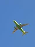 Полет авиакомпании S7 Стоковое Фото