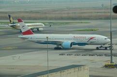 Полет авиакомпаний в международный аэропорт Suvarnabhumi Стоковые Изображения