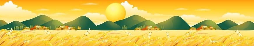 Поле лета с холмами большим Солнцем Graines домов и DragonFly Стоковые Изображения RF
