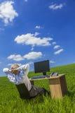 Поле зеленого цвета стола бизнесмена бизнесмена работая Стоковая Фотография RF