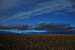 Поле и небо Стоковое Фото