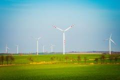 Поле с ветротурбинами Стоковое Изображение