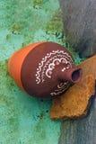 Поддельное античное керамическое сокровище гончарни Стоковая Фотография RF