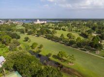 Поле для гольфа от неба Стоковая Фотография