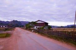 Поле Konglor естественное в Khammoun Лаосе стоковое изображение rf
