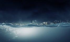 Под изображением воды Мультимедиа Стоковое фото RF