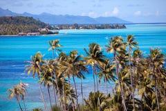 полинезия Лазурная лагуна острова BoraBora, Стоковые Фотографии RF