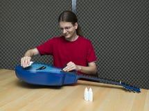Полировать гитары стоковое изображение rf