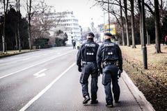 Полицейскии на улицах Стоковые Фото