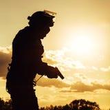 Полицейский с пистолетом Стоковое фото RF