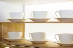 Полки с утварями кухни Стоковое фото RF