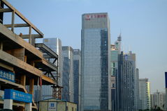 Под-конструкция небоскреба Китая современная стоковые фото