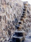 по мере того как предпосылка может используемый камень шагов Стоковая Фотография RF