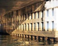 Под мостом Стоковые Изображения