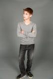 Полная съемка милого мальчика твена Стоковая Фотография