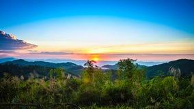 Поднимать Солнця Стоковые Изображения