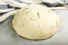 Поднимать хлеба розмаринового масла ремесленника Стоковая Фотография RF