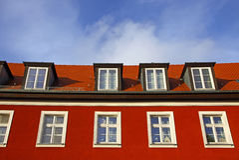 поднимающее вверх близкой дома селитебное типичное Стоковая Фотография