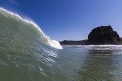 Поднимающее вверх волны близкое Стоковые Изображения