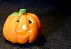 Поднимите символы домкратом фонарика o хеллоуина с свечой Стоковое Изображение RF