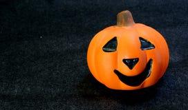 Поднимите фонарик домкратом одно o символов хеллоуина Стоковое Изображение RF