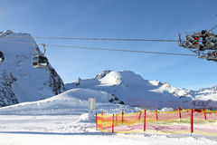поднимите лыжу гор Стоковое Изображение