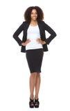 Полнометражный портрет молодой усмехаться бизнес-леди Стоковое Изображение RF