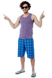 Полнометражный портрет холодного молодого парня Стоковая Фотография RF