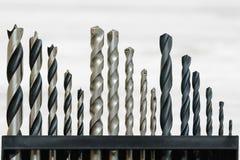 Полный комплект буровых наконечников запланировал для работ металла, masonry и древесины в различных размерах Стоковое Фото