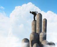 Подныривание бизнесмена от верхней части Мультимедиа стоковые фото