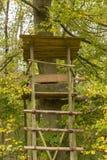 Поднятый тайник - поднятые шторки в осени освещают Стоковая Фотография