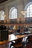 Поднял главный читальный зал в публичной библиотеке Нью-Йорка, NYC Стоковая Фотография