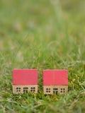 2 подобных дома в сельской местности Стоковая Фотография RF
