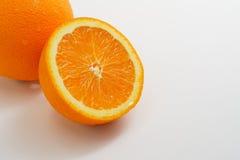 Половина разделенная апельсином Стоковые Изображения RF