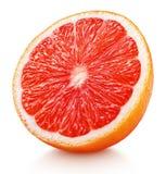 Половина цитрусовых фруктов розового грейпфрута изолированных на белизне Стоковая Фотография