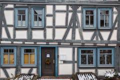 Половина timbered фасад стоковые изображения rf