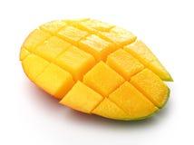 Половинное манго куска Стоковое Изображение RF