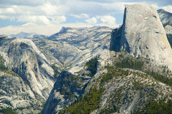 Половинный купол на Yosemite NP Стоковое Изображение RF