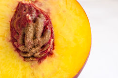 Половинный персик Стоковые Фотографии RF