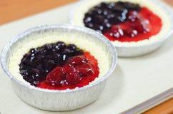 Половинный пирог сыра Стоковое Изображение