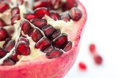 половинный pomegranate стоковые фотографии rf