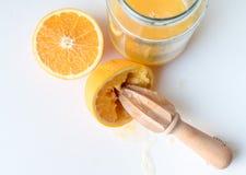 Половины апельсина и рейбор цитруса сверху Стоковые Фотографии RF