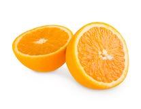 Половины апельсина, крупный план цитрусовых фруктов изолированный на белой предпосылке Стоковое Фото