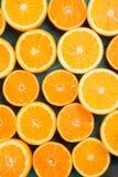 Половины апельсина на таблице Стоковое Изображение RF